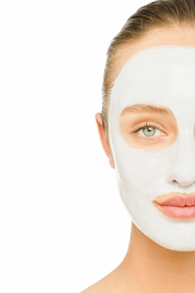 How to Apply a Face Mask