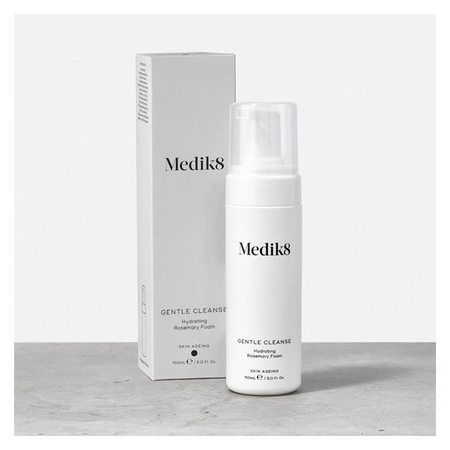 Medik8 Gentle Cleanse with box